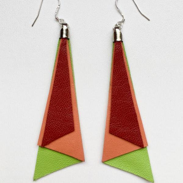 Long red, orange, green tri leather earrings - Pendientes largos piel tri rojo, naranja, verde